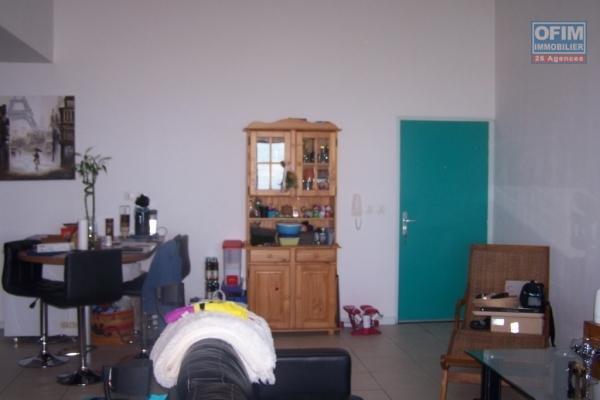 A louer joli appartement de type F2 d'environ 56 m² au Tampon 14 éme