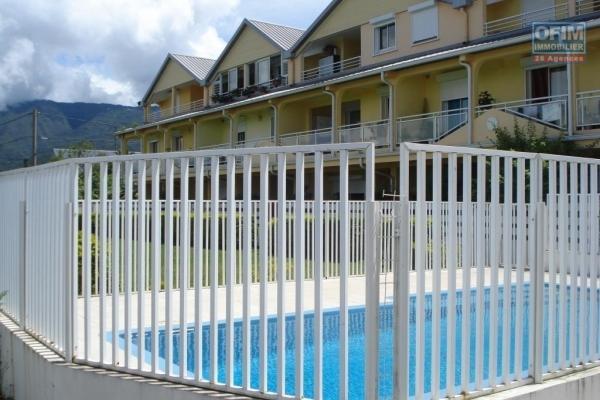 A louer joli et grand appartement  de type F2 d'environ 55 m² au Tampon 14 éme