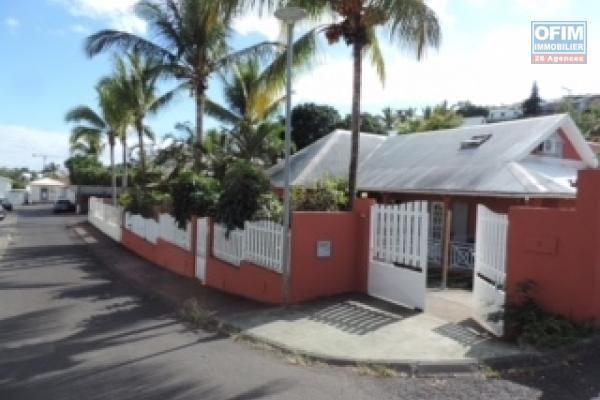 a vendre villa f5 de 130m2 sur terrain de 480m2 la possession st thèréze