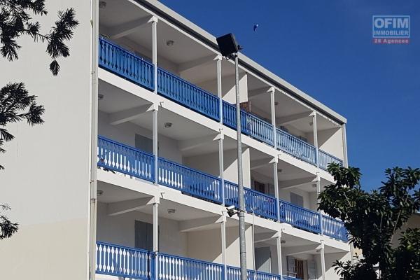 A louer bel appartement  F3 St Paul centre ville