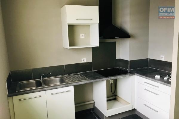 A louer à Saint Leu appartement T3 climatisé spacieux dans la résidence Perle de Corail