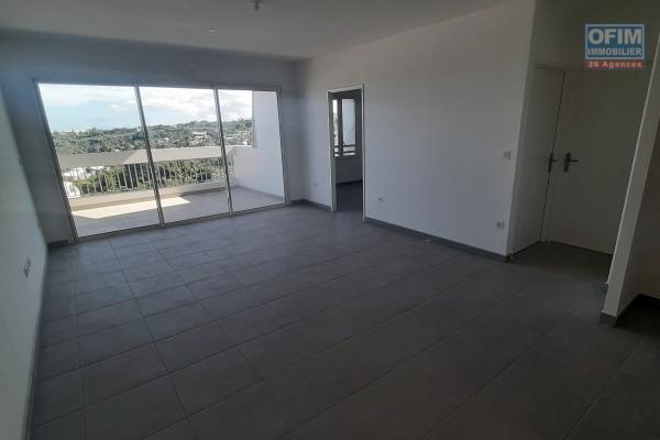 A LOUER// Appartement NEUF de type F3 (1er étage) de 67,30m2+ balcon sur la Plaine Saint-Paul