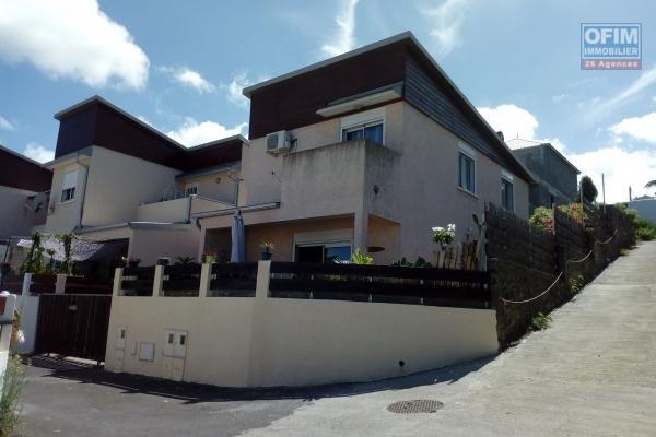 Villa F4 Duplex Piton st Leu