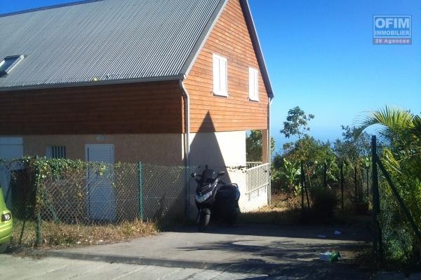 a louer villa F4 à bras canot, garage fermé