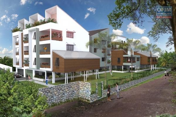 A vendre appartements de standing T4 défiscalisables à l'Etang Saint- Paul à partir de: 298 000€