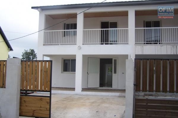 A louer jolie villa jumelée de type F5 d'environ 105 m² au Tampon Bras de Pontho