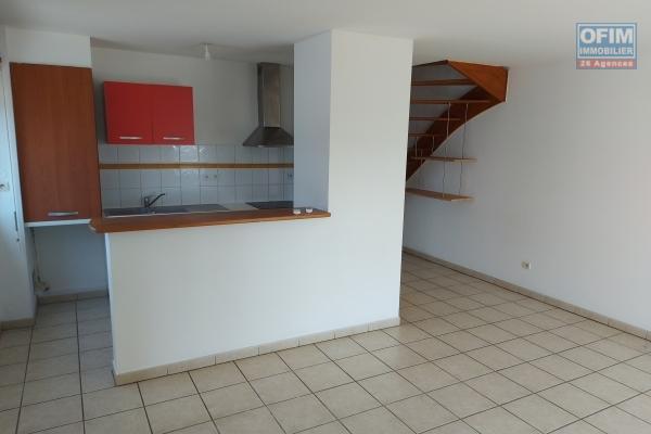 A vendre appartement T3 en duplex idéalement situé en plein cœur de la ville de Saint-Denis