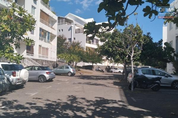 A LOUER// Appartement de type F2 de 46,62m2+ balcon sur Boucan Canot à 740,00 euros!!
