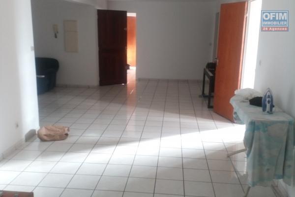 A louer T3 de 106.00 m2 a 886 euros