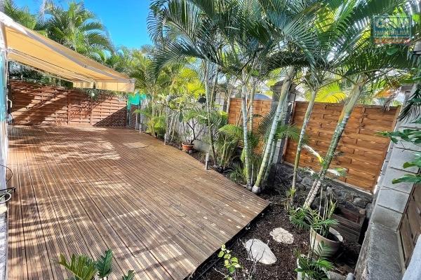 Dans la Résidence du golf, magnifique appartement T3 entièrement refait à neuf de 70 m² avec 100 m² de jardin privatif en RDC.