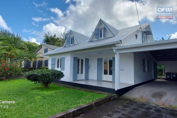 Maison F5 de 140 m2 sur terrain de 543 m2