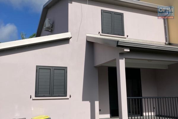 A louer villa F4 neuve secteur Bel Air