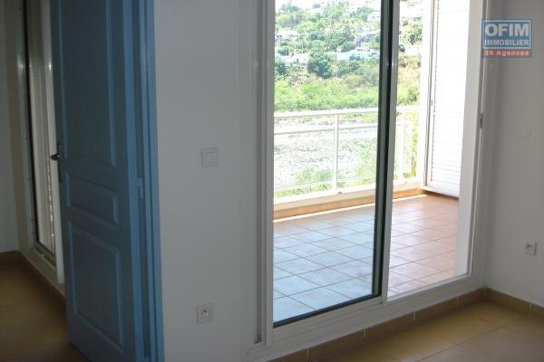 A louer grand T2 avec terrasse et parking privé à Montgaillard - Résidence Albius
