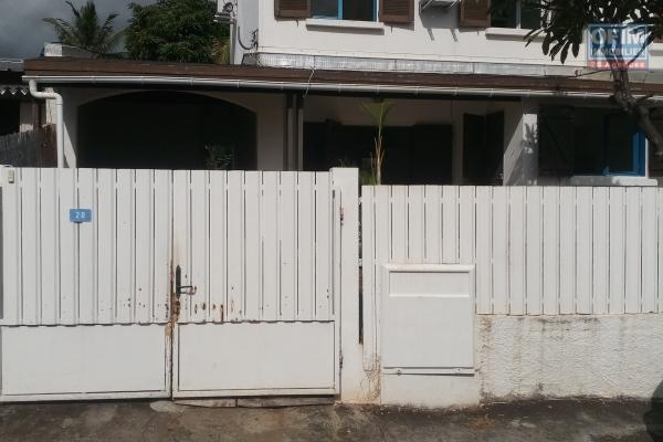A louer villa F3  de 70.87  m2 a 1220.00 euros