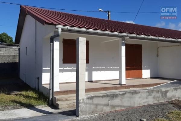 A louer Maison F3 refait à neuve à Saint-André centre ville