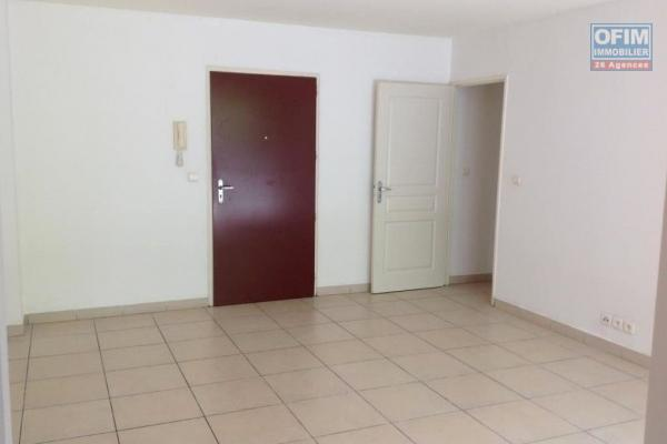 A louer appartement T2 sur le bas de la Possession