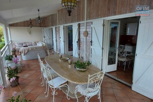 Belle villa de type T5 de 115m2 habitable plus 75 m2 aménageable